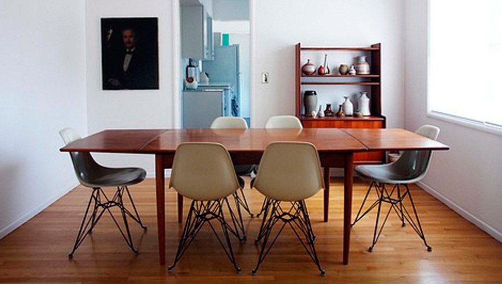 Accesorios y muebles en un comedor moderno im genes y fotos for Imagenes muebles comedor