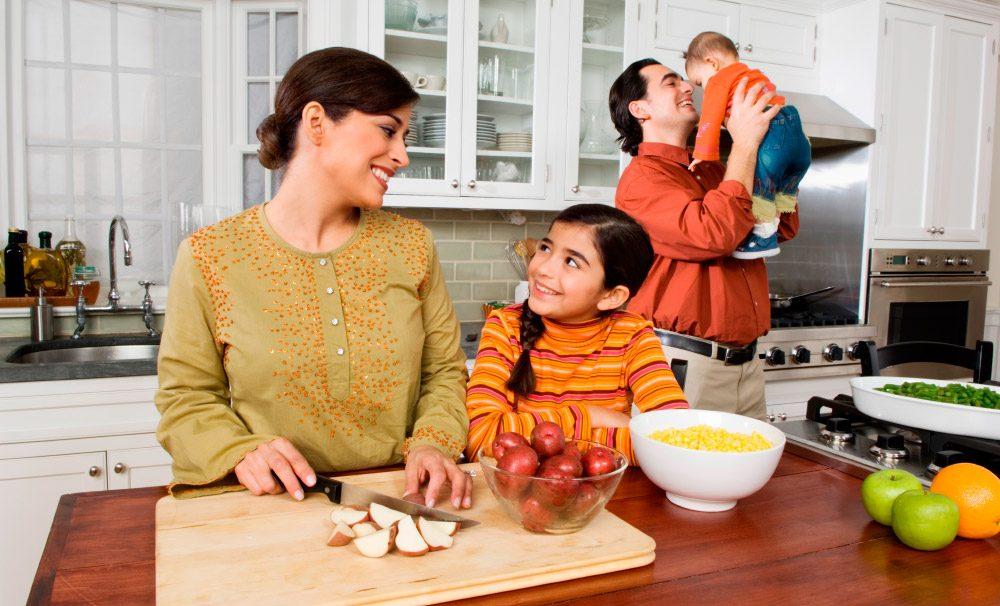Galer a de im genes ideas para decorar la cocina for Canal cocina cocina de familia